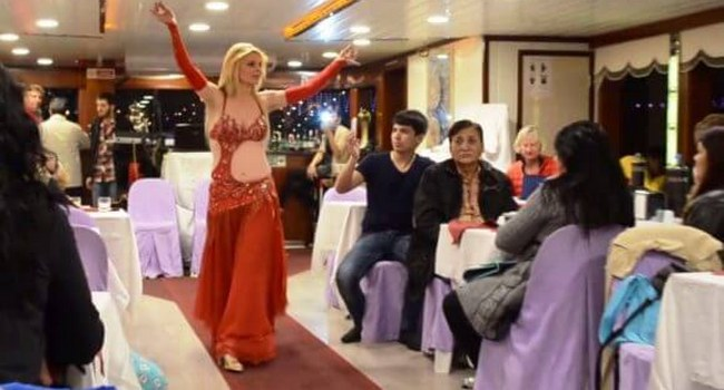 Istanbul New Year Bosphorus Dinner Cruise Party